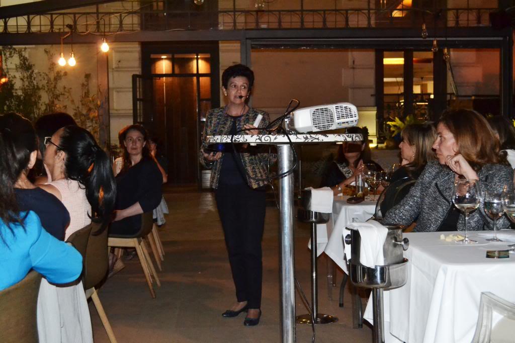 photo PilarGomezAcebofotos_cena_networking_mujeres_extraordinarias_2jm_17junio_alcala44_restaurante101_zps2cc96164.jpg