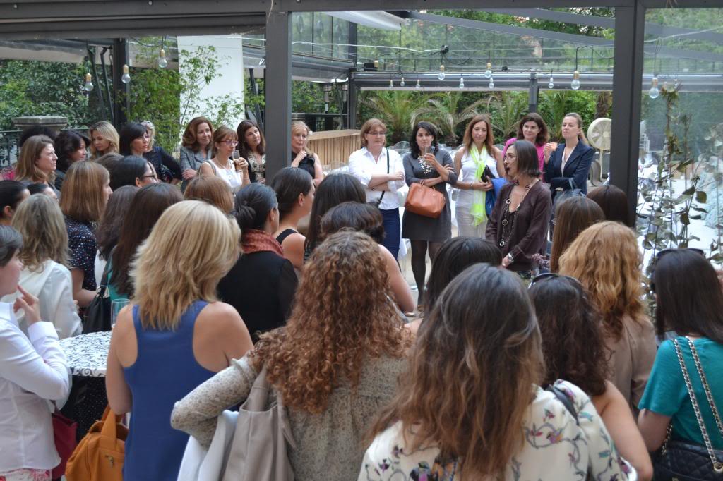 photo fotos_cena_networking_mujeres_extraordinarias_2jm_17junio_alcala44_restaurante76_zps2974a5ad.jpg