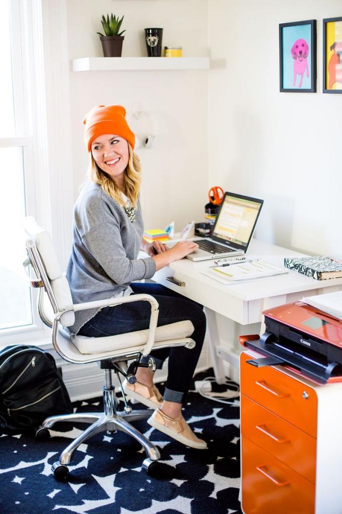 photo oficina-en-casa-escritorios-trabajo-orden-inspiracioacuten2_zps677f1918.jpg